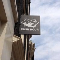 Foto tirada no(a) Rush Hour por Jens V. em 6/16/2012