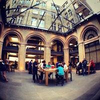 Photo taken at Apple Covent Garden by Rashid A. on 8/26/2012