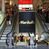 Das Foto wurde bei Marshalls von Allie G. am 7/11/2012 aufgenommen