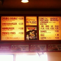 Photo taken at In-N-Out Burger by Tre' E. on 1/4/2012