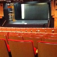 11/8/2011 tarihinde Rebecca D.ziyaretçi tarafından Greenberg Theatre'de çekilen fotoğraf
