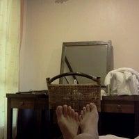 Photo taken at Moonlight Bay Resort Koh Lanta by Tuay N. on 4/10/2012