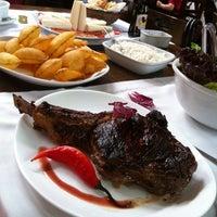 Foto tirada no(a) Cabaña Restaurante por Alex Delfino B. em 2/11/2012