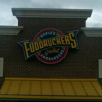 Photo taken at Fuddruckers by Ed L. on 9/27/2011