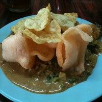 Photo taken at Gado Gado Mey Mey by merlin s. on 9/17/2011