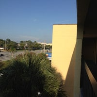 Photo taken at Country Inn & Suites By Carlson, Orlando, FL by Rosario T. on 8/1/2012