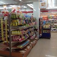 Photo taken at 7-11 ตลาดทุุ่งนาทอง by J t. on 6/27/2012