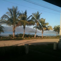 Foto tirada no(a) Praia da Lagoinha por Jully em 8/25/2012