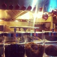 Foto diambil di Restaurante Central oleh Mariana D. pada 7/24/2012