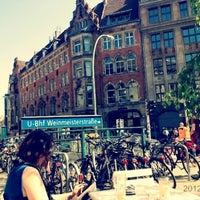 Das Foto wurde bei Kaffeemitte von Olya C. am 5/2/2012 aufgenommen
