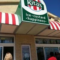 Photo taken at Rita's Italian Ice by Kathleen L. on 10/8/2011