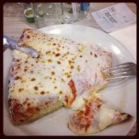 Foto scattata a Pizzeria Spontini da Fibol S. il 4/28/2012