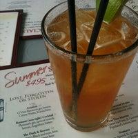 Foto tirada no(a) Miller Tavern por Linley F. em 6/19/2012