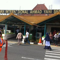 Photo taken at Ahmad Yani International Airport (SRG) by Erwinsyah P. on 3/26/2012