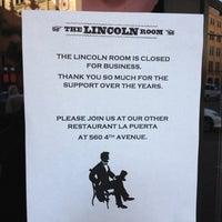 Снимок сделан в The Lincoln Room пользователем Mike N. 7/28/2012
