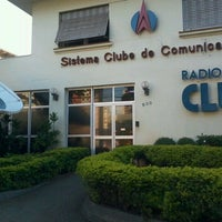 Photo taken at Clube FM 100,5 by Ronilson d. on 1/3/2012