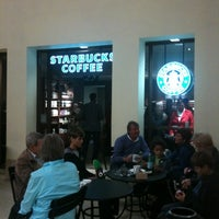 Photo taken at Starbucks by Philippe V. on 9/18/2011