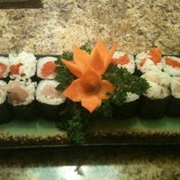 Photo taken at Seh-Mi Sushi Japanese Restaurant by Jessica F. on 11/27/2011