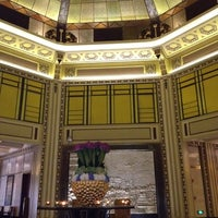 Photo taken at Fairmont Peace Hotel by Shiao-Ying F. on 8/6/2012