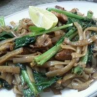 Photo taken at Tsun Yip Street Cooked Food Market by Boris L. on 9/26/2011