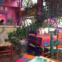 Foto tomada en Los Colorines por Gabriel G. el 8/23/2012