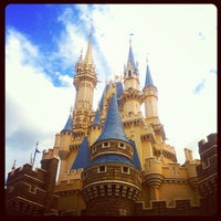 Photo taken at Cinderella Castle by yamayu3 on 11/20/2011