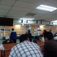 Photo taken at Jabatan Pengangkutan Jalan (JPJ) by Fikri Z. on 1/26/2012