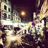 Photo taken at Night Food Stall Street by Takeshi L. on 8/20/2012