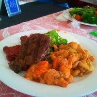 Foto tirada no(a) Betto's Grill por Alexandre A. em 11/29/2011