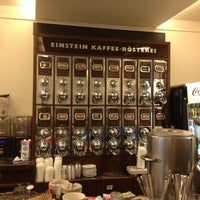 Photo prise au Einstein Kaffee par Stas M. le8/25/2012