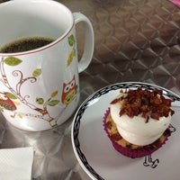 Photo taken at Let Them Eat Cupcakes by Christine S. on 9/1/2012