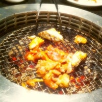 Photo taken at Grill 'n more Loghome Thonglor by Jubbo B. on 5/21/2011