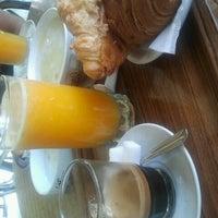 Photo taken at Café La maison d'amende by Walid B. on 6/25/2012