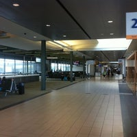 Photo taken at Ottawa Macdonald-Cartier International Airport (YOW) by Ricardo R. on 8/30/2011