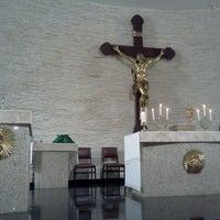 Photo taken at Paróquia Nossa Senhora de Fátima by Saul d. on 9/1/2012