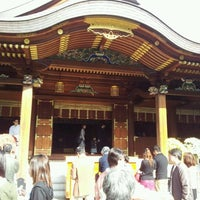 Photo taken at Yushima Tenmangu Shrine by むぎぽか on 11/13/2011