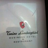 9/6/2011에 Serena D.님이 Lamborghini Hotel에서 찍은 사진