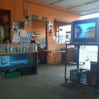 Photo taken at Wak Singgah Rasa by Ikhwan I. on 2/27/2012