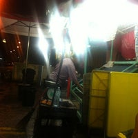 Photo taken at Kedai Durian Pak Basri by Difa R. on 3/7/2012