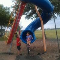4/16/2012 tarihinde Claudia B.ziyaretçi tarafından George Bush Park'de çekilen fotoğraf