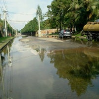 Photo taken at สโมสรหมู่บ้านมัณฑนา วงแหวนรัตนาธิเบศร์ by Paiboon W. on 10/14/2011