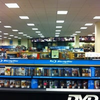 Photo taken at Barnes & Noble by Esteban G. on 7/26/2012