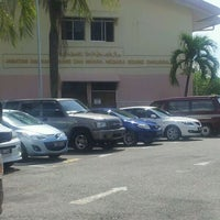 Photo taken at Jabatan Daerah Brunei Dan Muara by Skandal T. on 5/1/2012