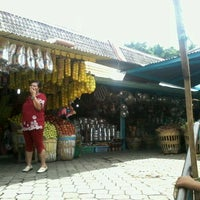 Photo taken at Pasar Wisata Songgoriti by Ashar B. on 12/10/2011