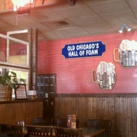 Photo taken at Old Chicago Pizza & Taproom by Richard U. on 6/23/2011