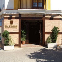 Foto tomada en Restaurante El Valle por Lucena el 10/12/2011