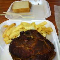 Photo taken at Little Piggy BBQ by Jr S. on 7/3/2012