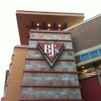 Photo taken at BJ's Restaurant and Brewhouse by Fro D. on 8/13/2012