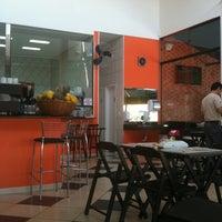 Foto diambil di Brasil Burger oleh Caio T. pada 7/21/2011