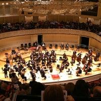 Foto scattata a Symphony Center (Chicago Symphony Orchestra) da Anna Zysman U. il 5/6/2012